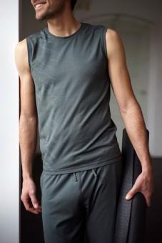 "Yoga-Tank ""Ajid"", dark olive S"
