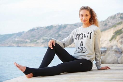 """Yoga Sweatshirt """"Namastay in Bed"""" - grey"""