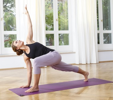 "Yoga-Capri ""Charlie"" - elderberry"