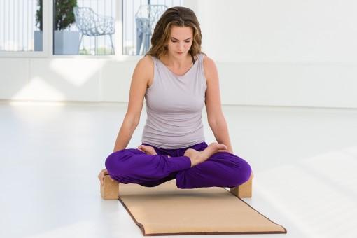 Esterilla de yoga corcho