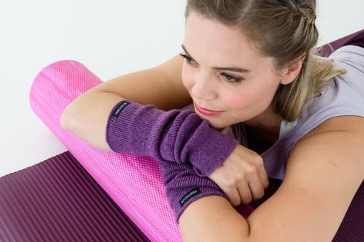 Yoga wrist warmers