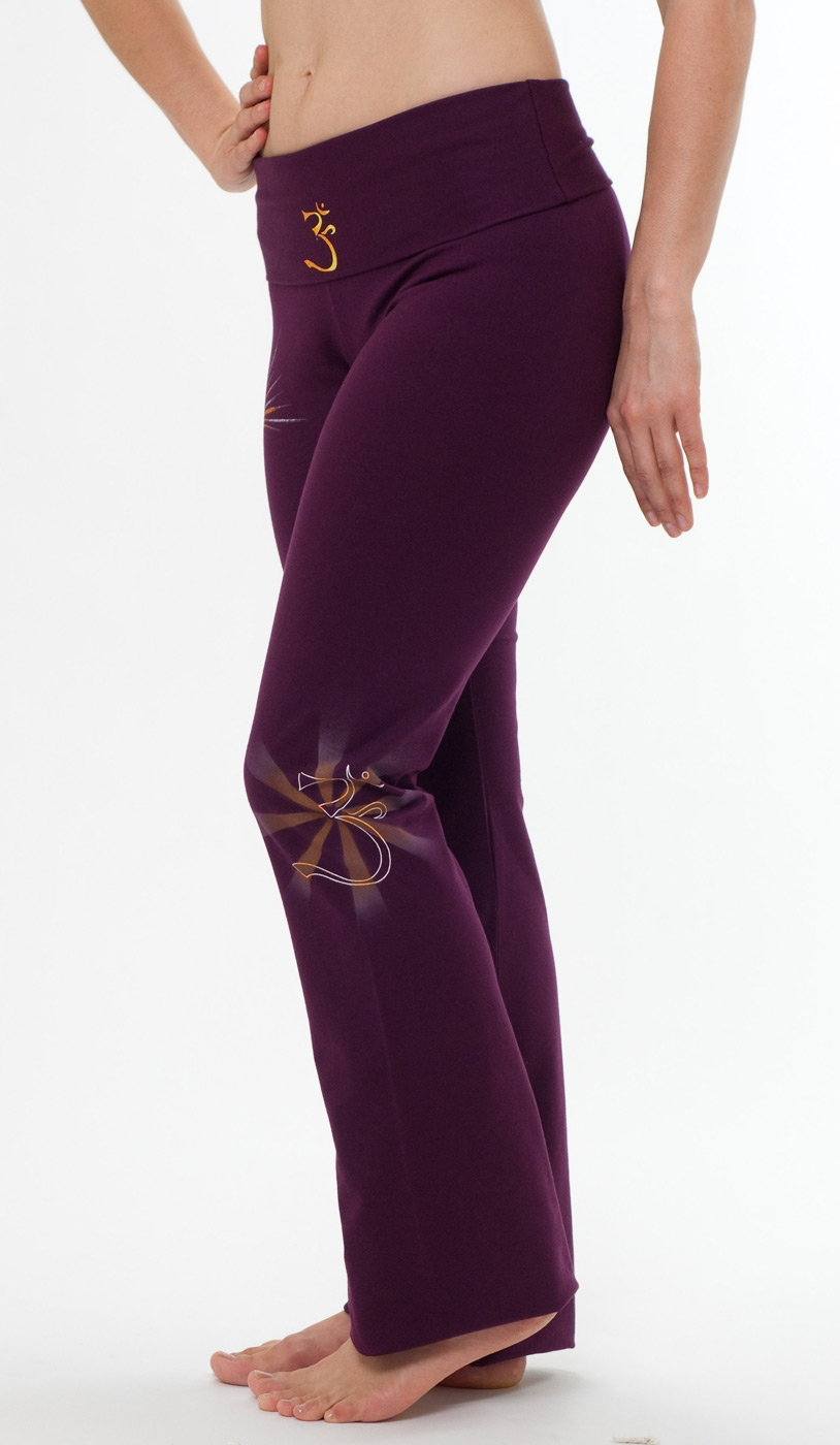 "Yoga pants - hand painted ""OM"" - burgundy"