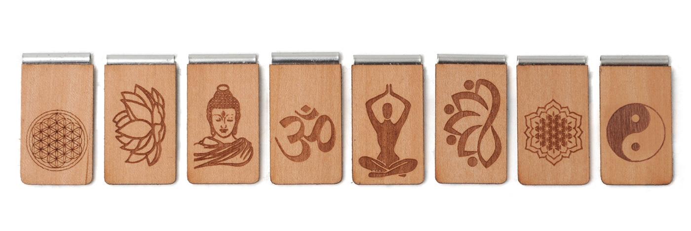 Lesezeichen aus Holz mit Gravur