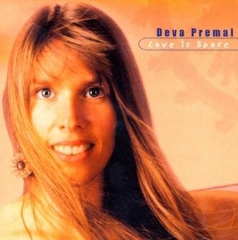 Love is space von Deva Premal (CD)