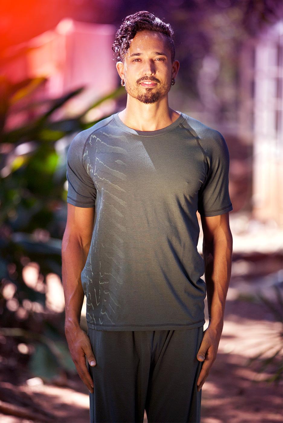 """Yoga-T-Shirt """"Arjun"""", dark olive"""
