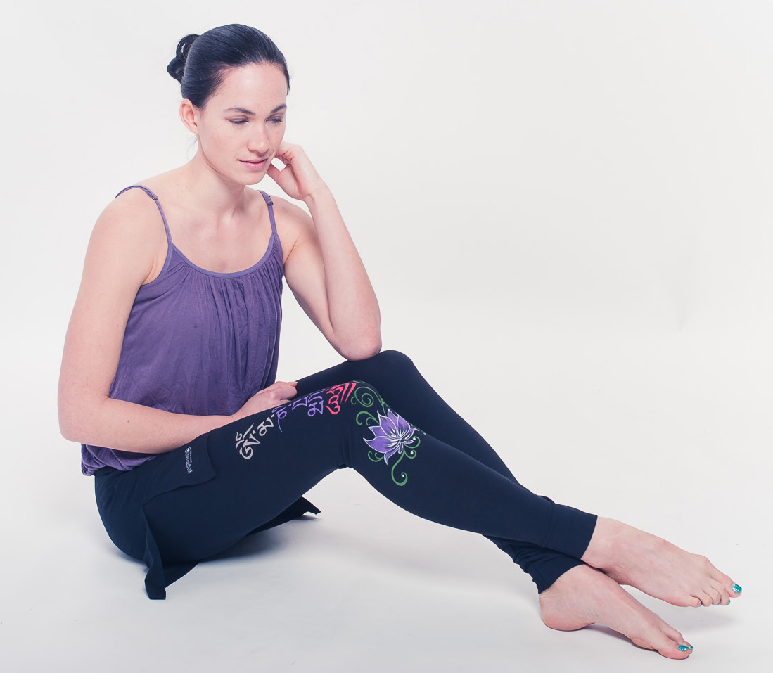 Buddha Mantra Skirt Leggings - black