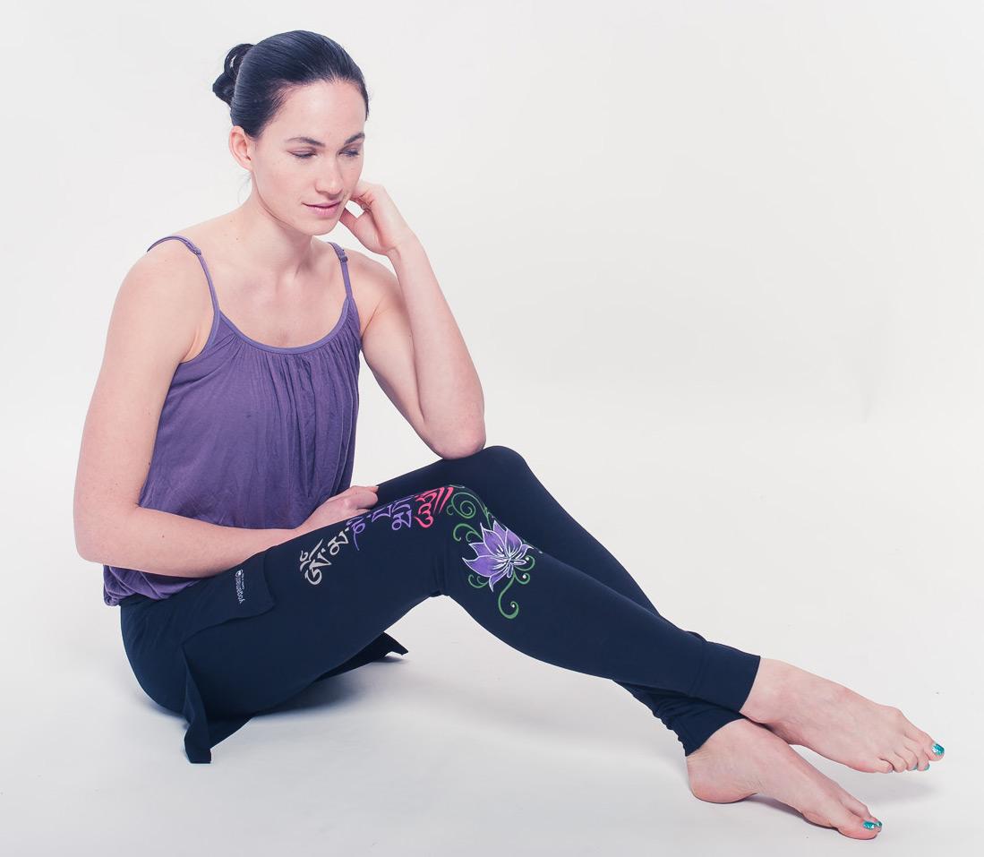 Buddha Mantra Skirt Leggings - black