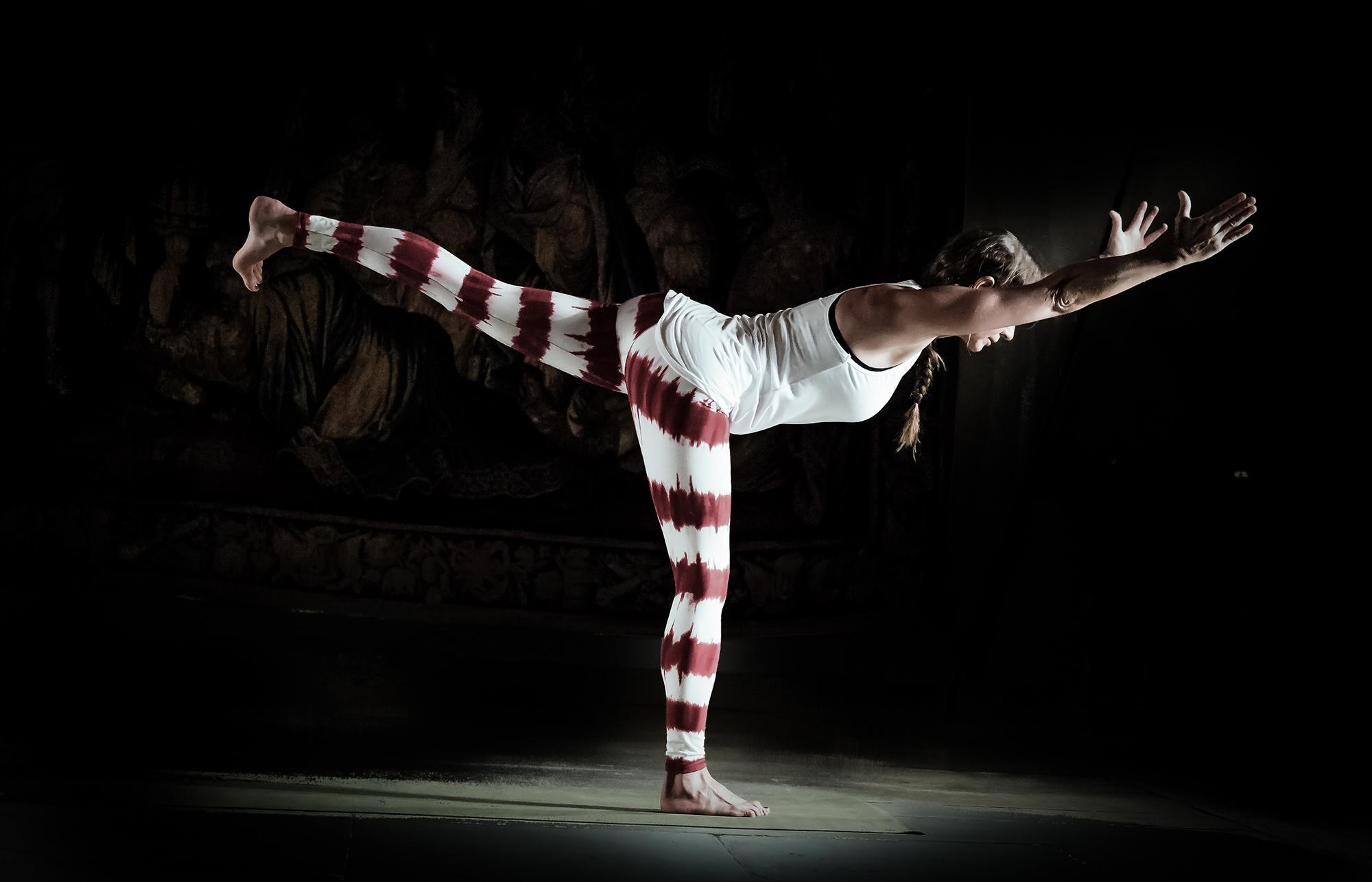 "Yoga-Batik-Leggings ""Lava"" - rot/weiss"